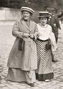 Клара Цеткин и Роза Люксембург (справа), 1910 год